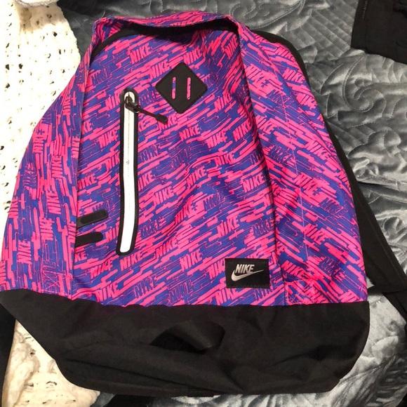 Nike Bags   Backpack   Poshmark 1bd53fdeb2
